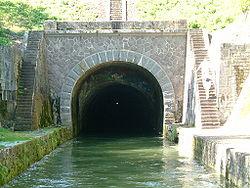 250px-Canal_de_Bourgogne_voute dans Ma Bourgogne En détails