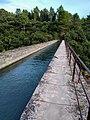 Canal de Carpentras à Fontaine-de-Vaucluse.jpg