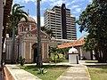 Capilla San Miguel vista desde otro ángulo, Museo de Barquisimeto.jpg