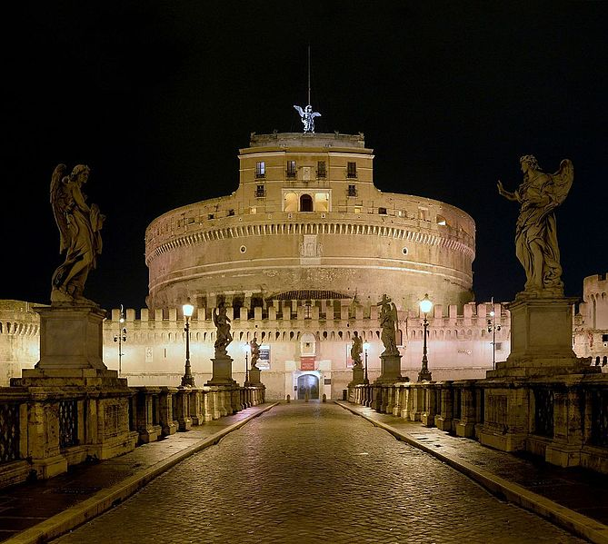 Fichier:Castel Sant'Angelo at Night.jpg