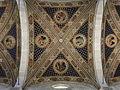 Cathédrale Saint-Martin de Lucques voûte détail.JPG