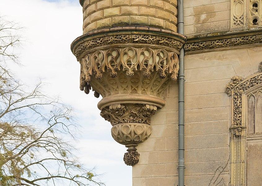 English:  Château de Launaguet. Bartizan of the lizards. Terracotta by Augustus Virebent.