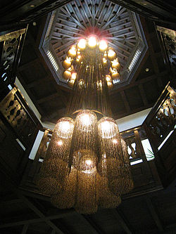 meaning of chandelier