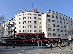 Kempinski Fridolin freudenfett [CC BY-SA 4.0 (https://creativecommons.org/licenses/by-sa/4.0)], via Wikimedia Commons