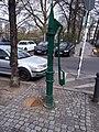 Charlottenburg Savignyplatz Wasserpumpe.jpg