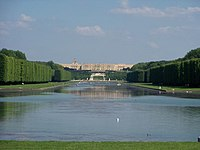 Chateau Versailles and the Grand Canal (Photo, 13-06-2010).jpeg