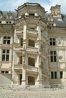 Chateau de Blois escalier monumental