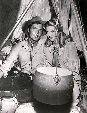 Bronco (TV series) - Ty Hardin and Nina Shipman in Bronco (1962)