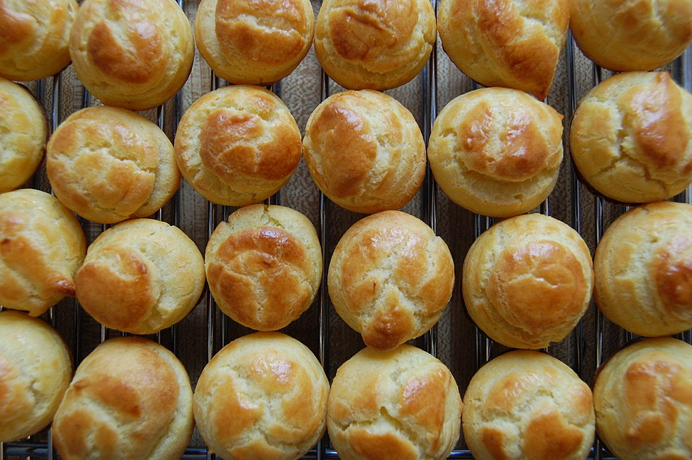 Choux pastry buns, 2009