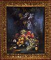 Christian Berentz (attr.), natura morta con eve, pere, melograna e altra frutta su un piano di pietra.jpg
