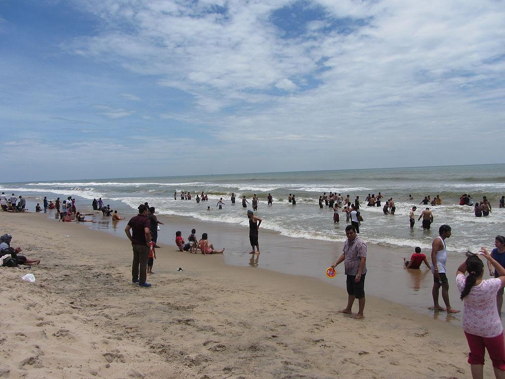 Chunnambar beach
