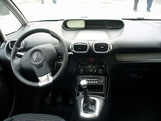 Citroën C3 Picasso - Reviews of the hard plastic interior were mostly negative.