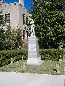 Confederate Soldier Monument in Caldwell 2.JPG