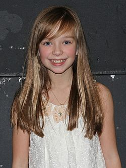 "Connie Talbot 2011 decemberében a ""Young Voices""-on"