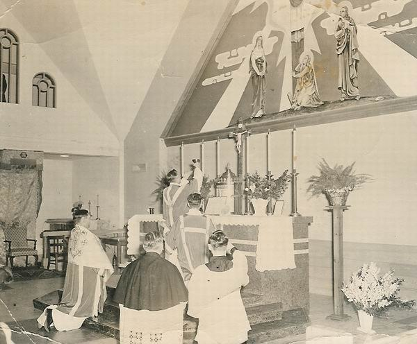 Consecration Elevation Holy Mass