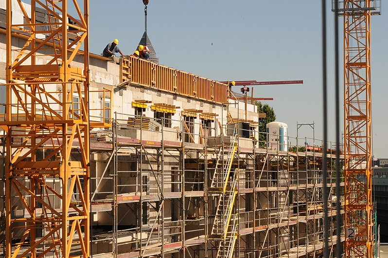 Construction of the passive house 9 (19322470841).jpg
