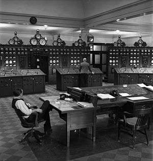 Sir Adam Beck Hydroelectric Generating Stations - Control room, 1944