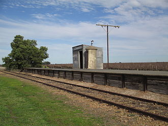 Coonawarra, South Australia - Coonawarra railway station, looking south
