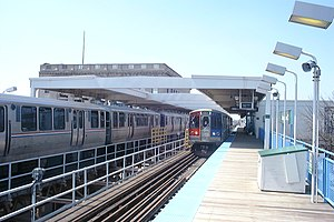 Cottage Grove station - Image: Cottage Grove L Station (Chicago, USA)