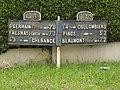 Coulombiers (Sarthe) plaques de cocher au hameau Les Perras.jpg