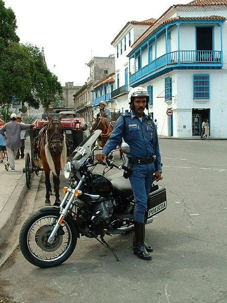 File:Cuban Police & Motorcycle 01.jpg