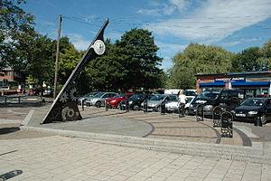 Culcheth and Glazebury - Image: Culcheth and Glazebury Sundial, Culcheth