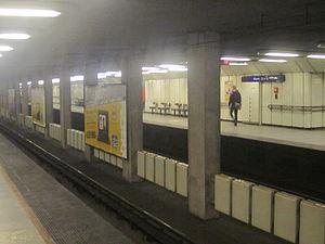 Dózsa György út (Budapest Metro) - Image: Dózsa György út