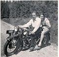 Das Windhoff-Motorrad von 1928 inklusiv flotter Besatzung.jpg