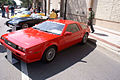 DeLorean DMC-12 1981 Red LSideFront LakeMirrorClassic 17Oct09 (14414123317).jpg