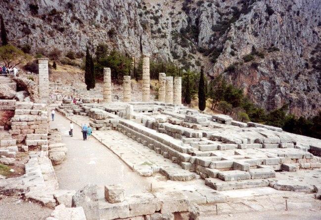 Delphi temple-650px