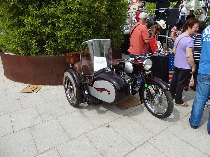 File:Derbi 250 Sidecar by 1950.JPG
