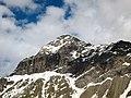 Dettaglio cima del Pizzo Scalino (3.323 m s.l.m.) in Valmalenco, Sondrio, Lombardia, Italy. 2018-06-09.jpg
