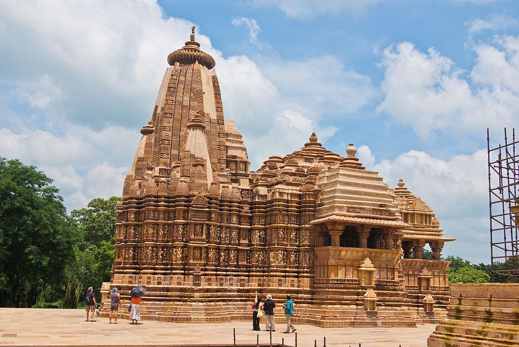 Devi Jagdambi Temple Khajuraho 01