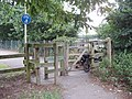 Difficult entrance to cycle path at Rectory Fields - geograph.org.uk - 1398716.jpg