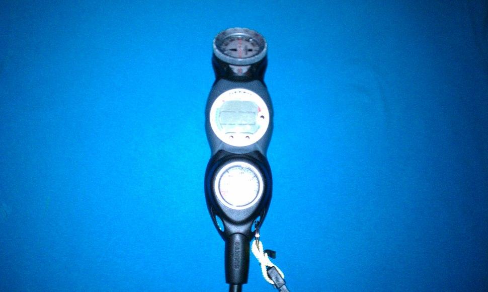 Dive computer,compass, and Pressure gauge