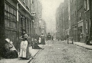 Dorset Street (Spitalfields) - Dorset Street photographed in 1902 for Jack London's book The People of the Abyss. Miller's Court was reached through an alleyway on the right