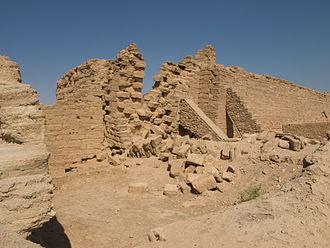 Siege of Dura-Europos (256) - Image: Doura Europos collapsed city wall