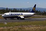 EI-EVH 737 Ryanair SCQ.jpg