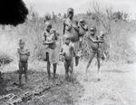 ETH-BIB-Familie in der Serengeti-Kilimanjaroflug 1929-30-LBS MH02-07-0071.tif