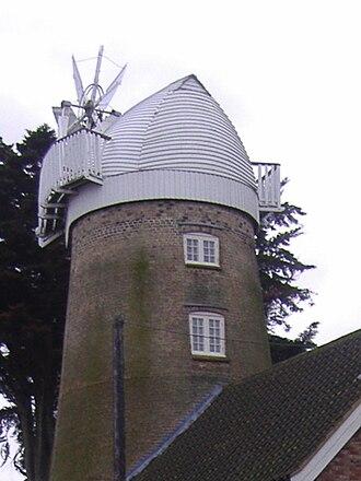 East Runton Windmill - Image: East Runton Tower Windmill 23 Jan 2008 (7)