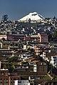 El Cotopaxi desde Quito (4799090913).jpg