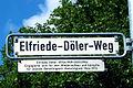 Elfriede-Döler-Weg Hannover Vahrenwald Straßenschild 1909-1994 Wiederaufbau soziale Gerechtigkeit Ratsmitglied.jpg