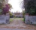 Entrance to Passenham Manor - geograph.org.uk - 1011226.jpg