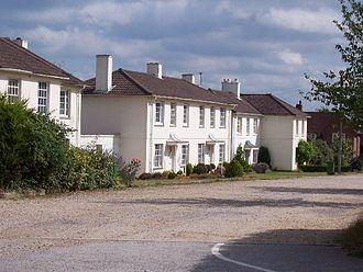 Swaythling - Herbert Collins houses in Ethelburt Avenue