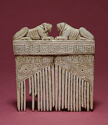 Etruscan - Comb with Lions and Geometric Designs - Walters 71495.jpg