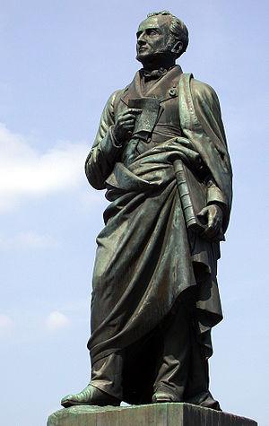Emmanuel, comte de Las Cases - Statue of Emmanuel, comte de Las Cases in Lavaur, Tarn