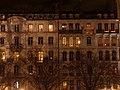 Façade d'un immeuble de Lyon au soir du 8 décembre 2017.JPG