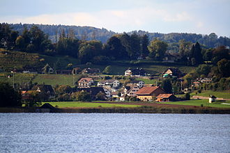 Hombrechtikon - Feldbach as seen from Rapperswil