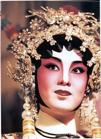 Cantonese opera - A female general