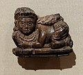 Fenici, figurina decorativa in avorio, siria 900-800 ac ca.jpg